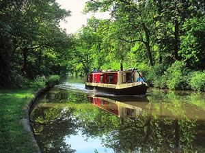 Narrowboat Holidays on the canals and rivers of England, Wales and Scotland and also boating breaks in UK, France and Ireland
