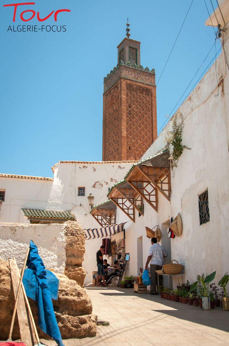 le minaret de la mosquée Sidi Boumédiène .. Tlemcen 2013 - ALGERIE -