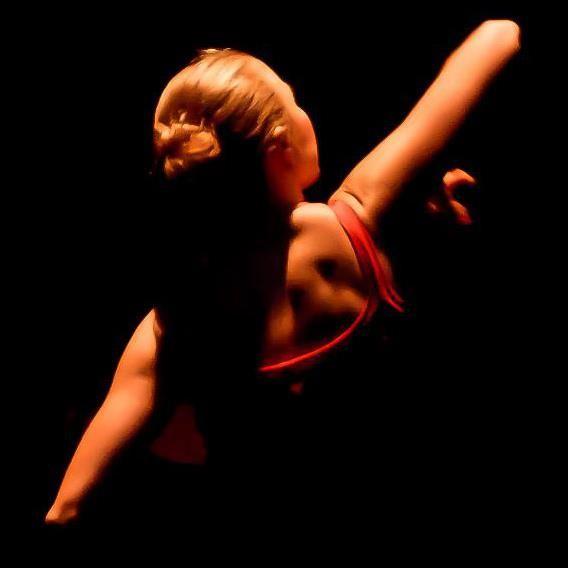 Momenti intensi nelle danze Gypsy tzigane di Victoria Ivanova!