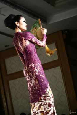 Indonesian Royal Heritage: Referensi beautifull kebaya from Indonesia designer