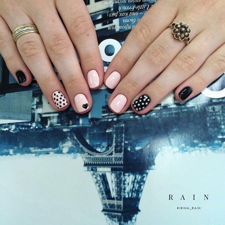 Как почувствовать себя настоящей парижанкой? Не обязательно для этого лететь в Париж. Достаточно примерить узнаваемый французский стиль. Несовершенный, немного эгоистичный и упрямый, порой непредсказуемый, но вместе с тем нежный и романтичный.  Для записи позвоните или напишите мне WhatsApp, Viber, iMessage +7 920 111-56-88  #irina_rain #irinarain #irinaraincom #nailbaririnarain #заботливыйманикюр #маникюрныевстречи #luxio #luxiogel #маникюр #маникюрфото