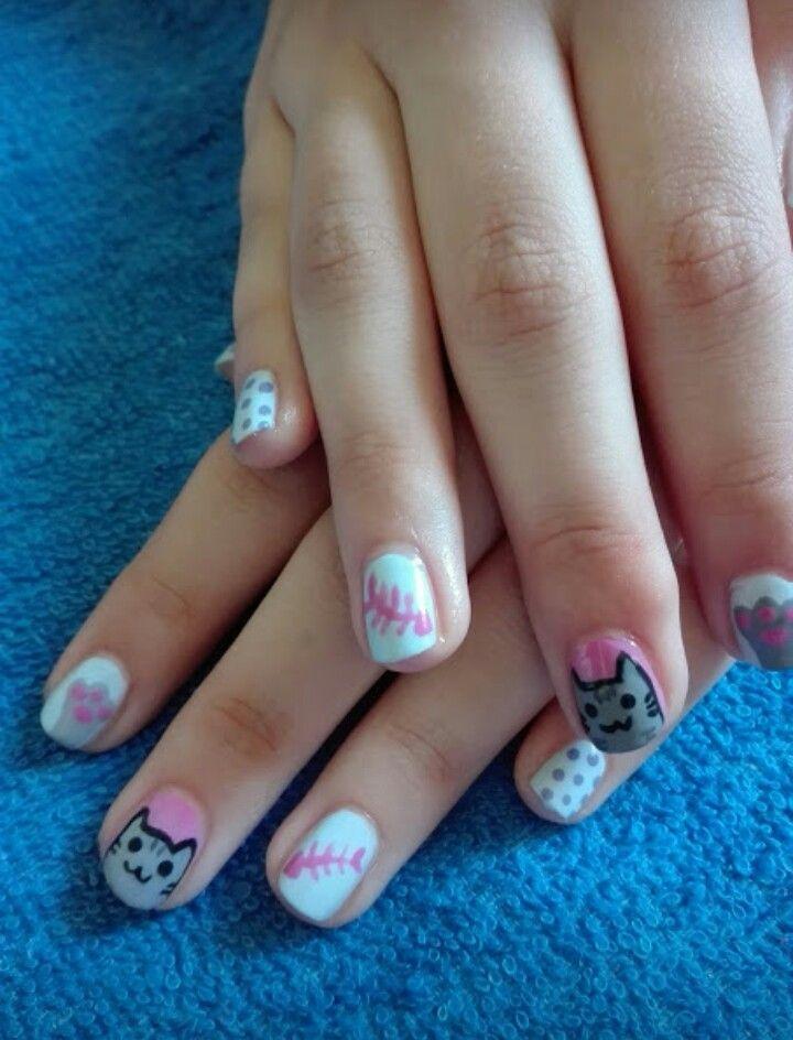 #nails #nail #nailart #naildesign #cat #catnails #cute #pretty #blue