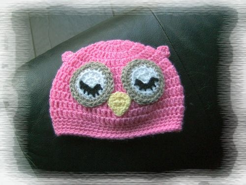 Crotchet baby owl's hat