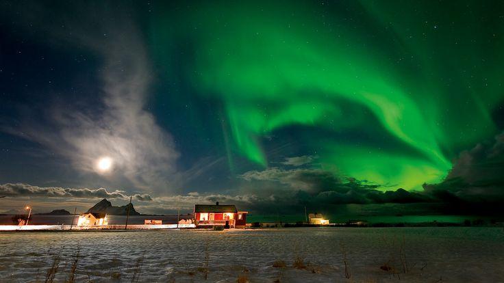 Mit Norwegian ins Land des Nordlichts. In diesem Winter günstig, schnell und bequem nach Nordnorwegen fliegen - einfach buchen, zurücklehnen oder Internet surfen, und im Nu sind Sie im Nordlichtwunderland.