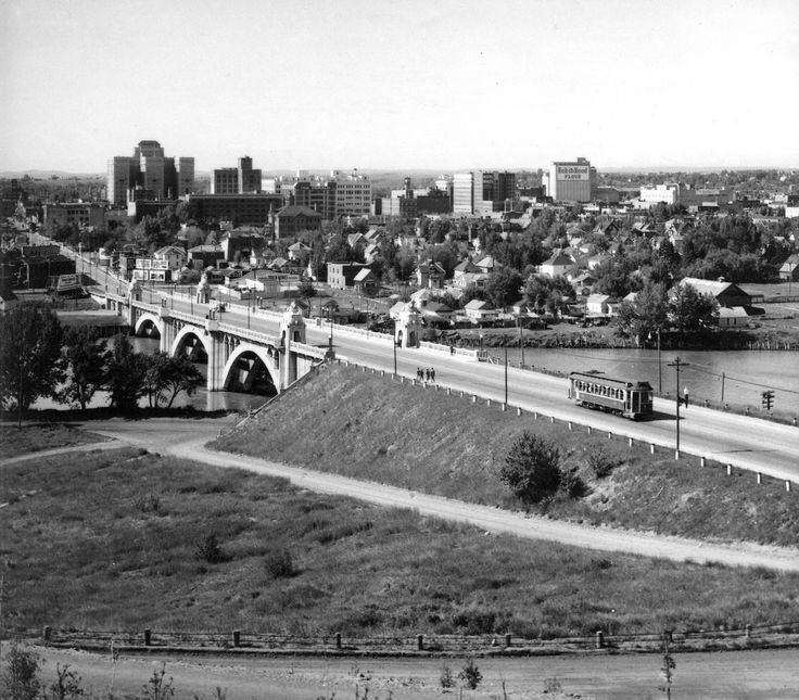 20 photos that show how drastically Calgary has changed over the past 105 years