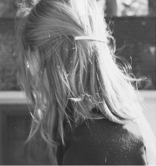 half backHair Beautiful, Hairstyles, Hair Clips, Style Inspiration, Simple Clips, Half Upbarrett, Hair Style, Hair Inspiration, Margaret Durow