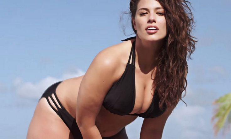 Ashley Graham : Le premier mannequin grande taille officiel de Sports Illustrated