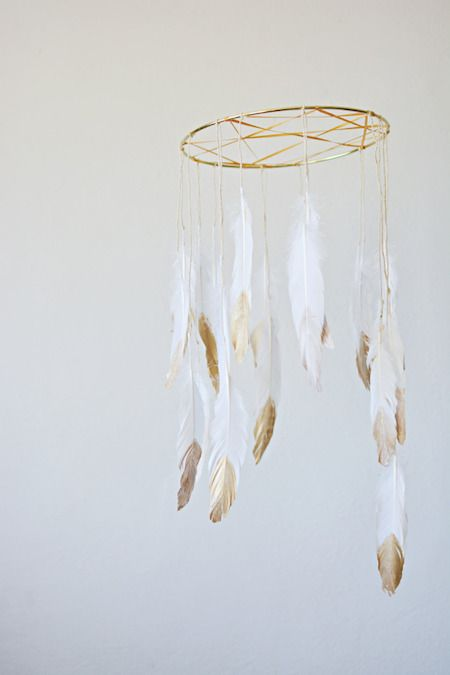 Make It: Dreamy Dream Catcher Mobile | Curbly