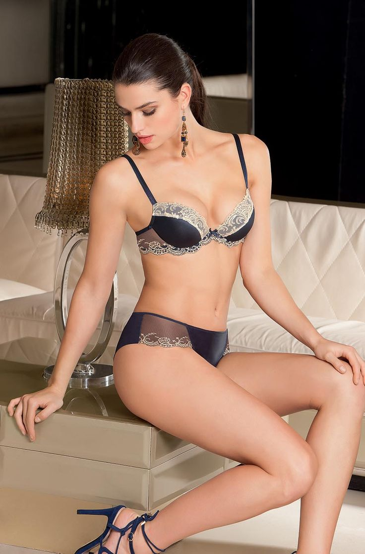 17 best images about lise charmel on pinterest lingerie girls fall winter 2015 and bijoux. Black Bedroom Furniture Sets. Home Design Ideas