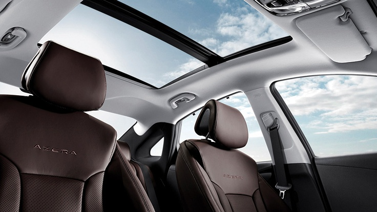 2012 AZERA IN CHESTNUT BROWN LEATHER INTERIOR WITH PANORAMIC TILT-AND-SLIDE SUNROOF