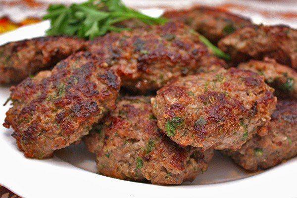 Kotlety z kaszy gryczanej i brokułów 12+. Kuchnia wegetariańska dla dziecka od 12 miesiąca życia.