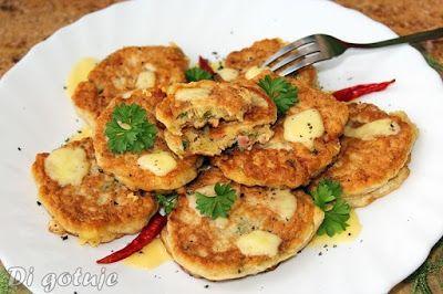Di gotuje: Puszyste placuszki z otrębami, serem i szynką