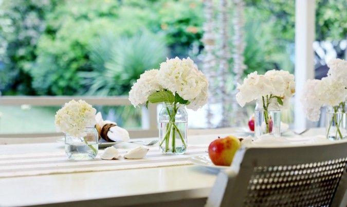 Tem coisa melhor para dar vida e colorir a casa do que flores? Bonitos arranjos de flores têm o poder incrível de transformar a decoração de uma mesa ou de um ambiente com toda sua beleza, perfume e sensação de acolhimento. E o melhor de tudo é que você não precisa ser um especialista emContinuar Lendo...