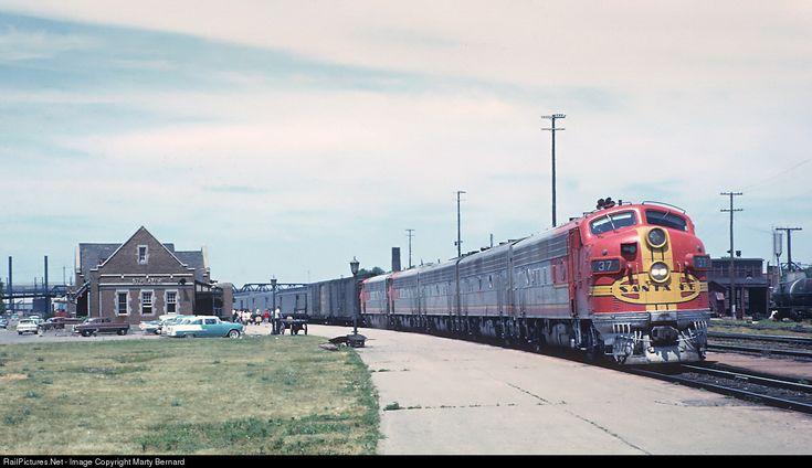 RailPictures.Net Photo: ATSF 37L Atchison, Topeka & Santa Fe (ATSF) EMD F7(A) at Streator, Illinois by Marty Bernard