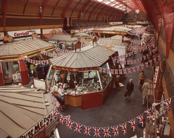 Lovely photo of the Grainger Market in 1977 from @turnipheadpic on Twitter