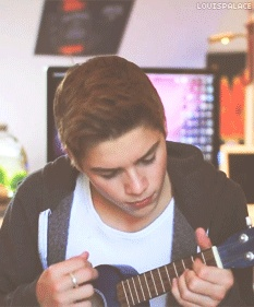 #jacksgap - let's face it ur playing a ukulele Finns not ur twin I AM