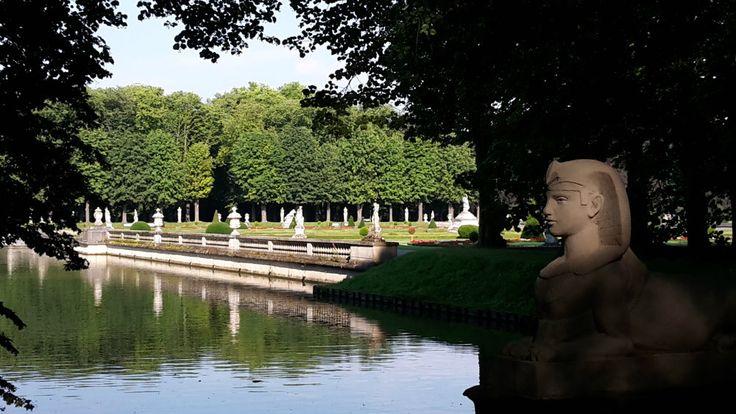 Schloss Nordkirchen - Üppiges grün bestimmt in den Sommermonaten die Parklandschaft des Schlosses