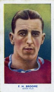 1939 R & J Hill Famous Footballers Series 1 #11 Frank Broome Front