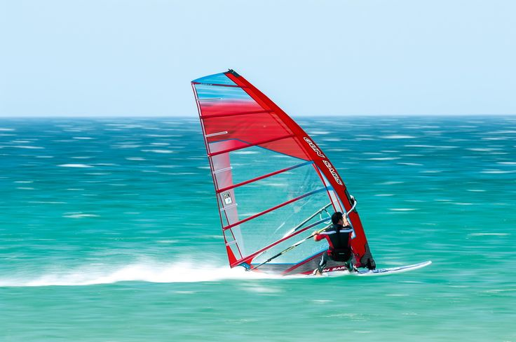 Vector 2016: The Vector Setup derives from the development of the race sail GS-R, but with the difference that the handling and the comfort characteristics of the Vector are the same than of a freeracer.#gunsails #Windsurfen #Segel #Tarifa