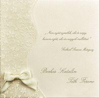 Hogyan válasszunk esküvői meghívót? Nem vitás, hogy az esküvői meghívó tükröt tart a ceremónia elé. Ha ugyanis jól választjuk ki az invitáló kártyát, akkor máris kedvező indítást adunk életünk egyik legfontosabb napjának.  #esküvői_meghívók #különleges_esküvői_meghívók #esküvői_meghívó #esküvő_meghívó #meghívó