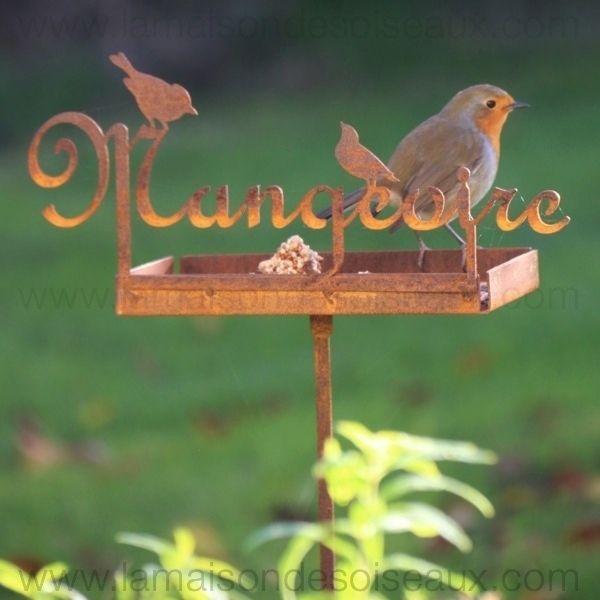 mangeoire en metal pour oiseaux sur piquet patine rouille garden deco jardin pinterest m taux. Black Bedroom Furniture Sets. Home Design Ideas