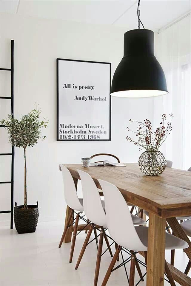 Black and white dining room via California Home & Design