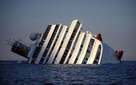 5 фотографий самого громкого кораблекрушения наших дней