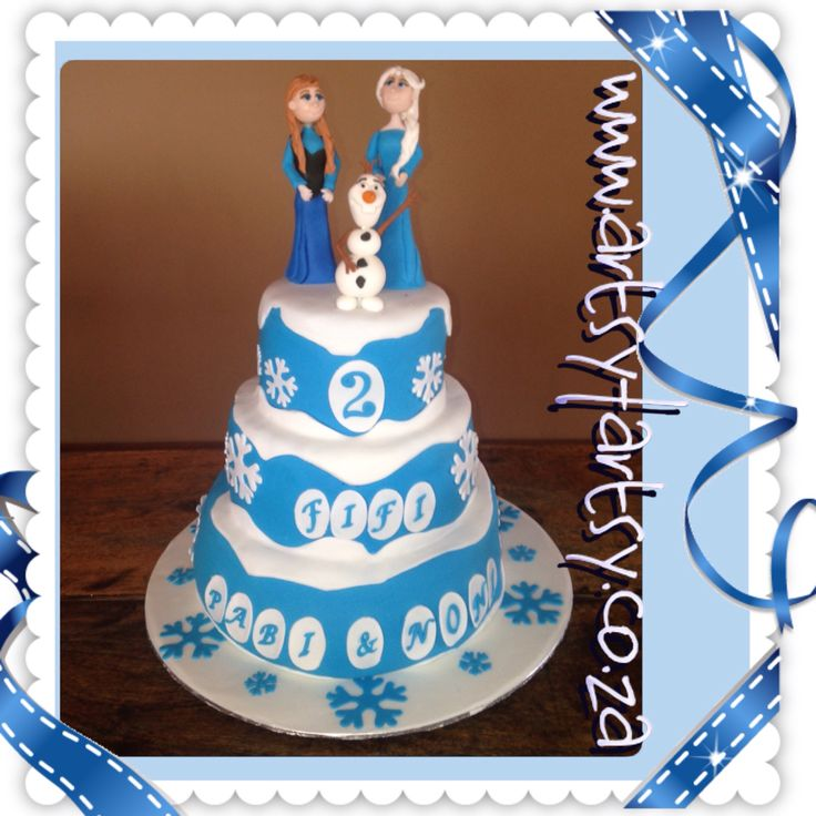 Frozen Cake with Ana, Elsa and Olaf Sugar Figurines #frozencake