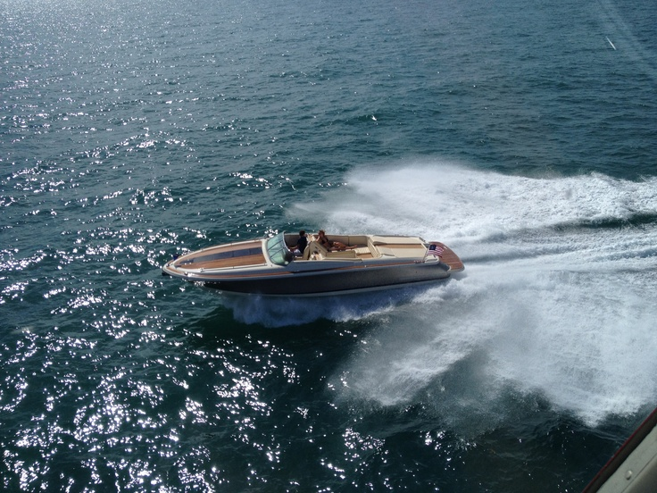First teaser of the chris craft 32 corsair yes please for Chris craft corsair 32 for sale