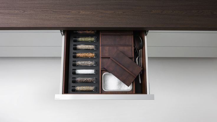 Accessories for drawers and containers Accessories And Complements Dada