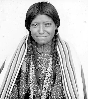ute women The ute indians took advantage of the abundance of fish areas and used hide tepees in the eastern reaches of ute territory men and women kept their hair.