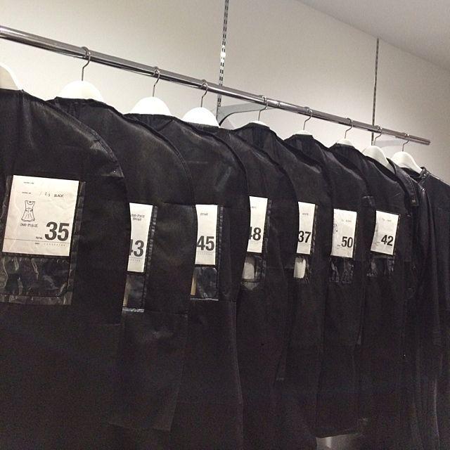 あれもこれも使える!100均の洋服収納でクローゼット変身術