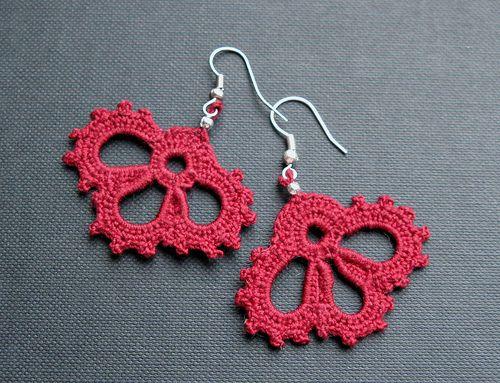 Trifoliate earringsBling Accessories Bijoux, Earrings Crochet, Three Petals, T Pendientes Crochet, Trifoli Earrings, Crochet Jewelry, Tricot Crochet, Crochet Earrings