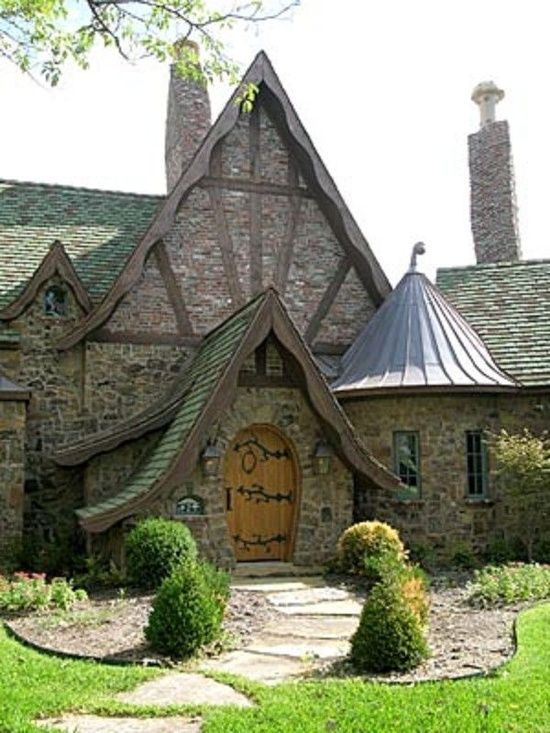 25 best ideas about storybook homes on pinterest for Fairytale cottage home plans