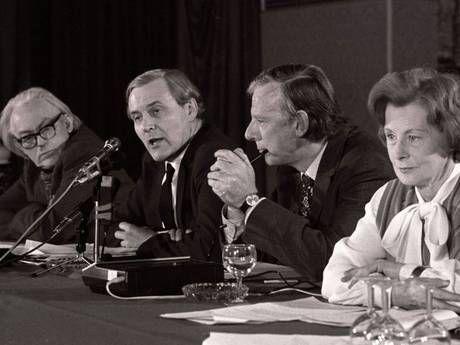 Tony Benn speaks alongside other anti-EEC ministers Foot, Shore & Barbara Castle in 1975, before the British referendum on EEC membership.