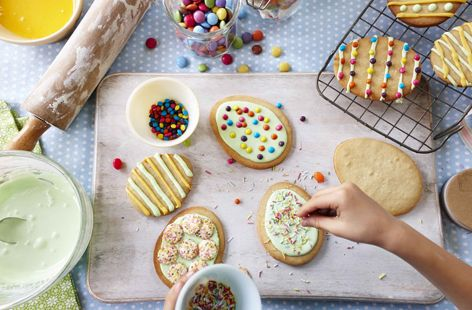 easter biscuits - a biscuit recipe for decorating and cutting into shapes.