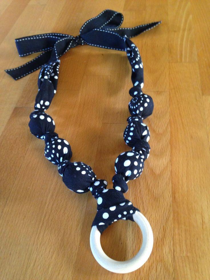 Traxel Time: 15 Minute DIY Nursing Necklace
