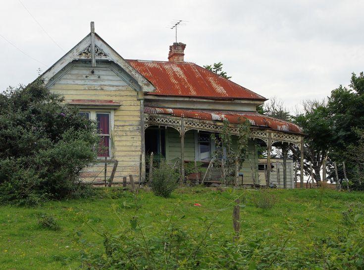 | Old house, Te Kuiti, Waikato, New Zealand - a photo on Flickriver