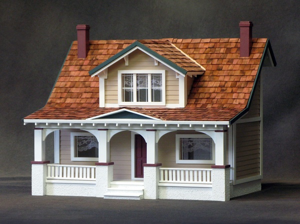 1 2 Inch Scale Classic Bungalow Dollhouse Kit