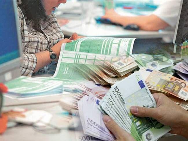 Πληρωμή του φόρου εισοδήματος έως και σε 9 δόσεις. Φρένο στους απλήρωτους φόρους επιχειρεί η κυβέρνηση