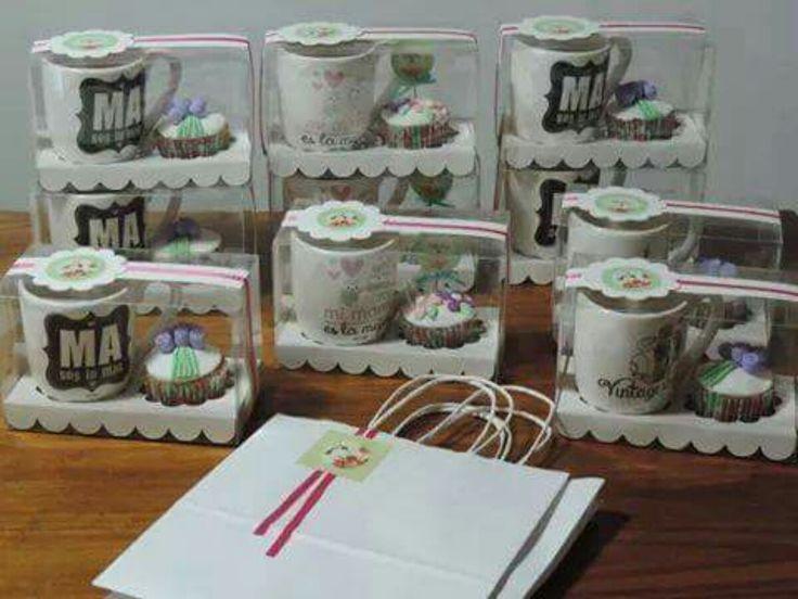 Regalo Día De La Madre, Caja, Tazas Y Cupcakes Decorados!! - $ 200,00 en MercadoLibre