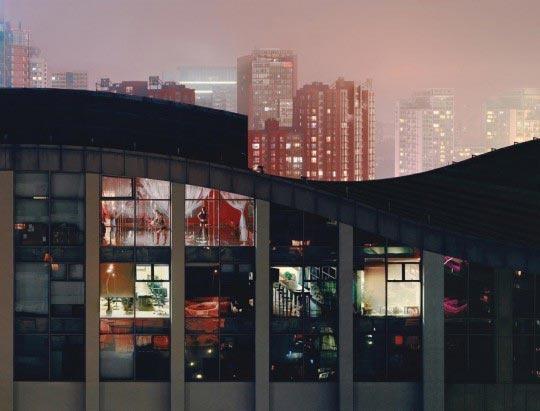 http://www.boumbang.com/floriane-de-lassee/ Floriane de Lassée, image 213, Beijing 2008. Extrait de la série Beijing night views, 2008