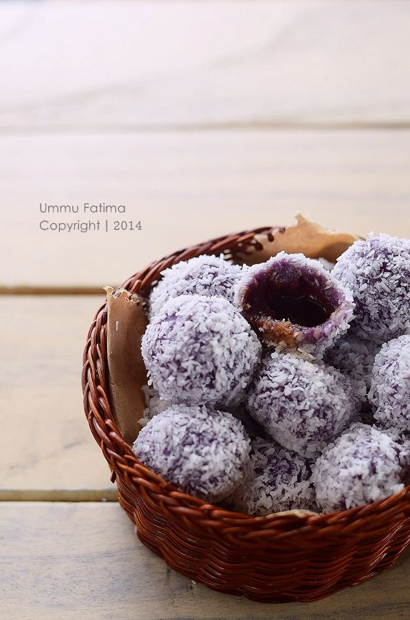 Simply Cooking and Baking...: Klepon Ubi Ungu