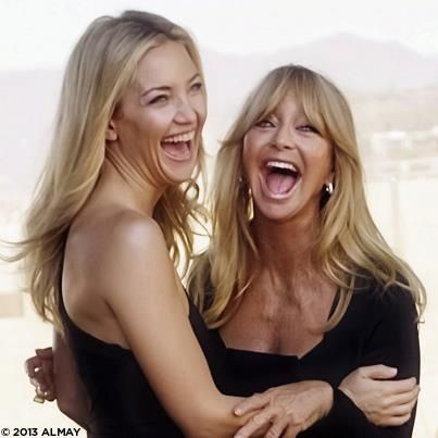 Mother daughter happiness ❤ Kate Hudson & Goldie Hawn
