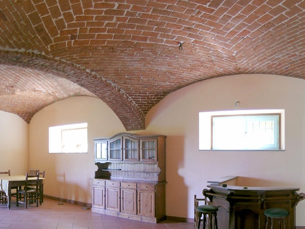 Casale elegantemente ristrutturato - Quargnento (AL) Disponibile in vendita  http://www.home-lab.org/Immobile/Casale-delle-Rubinie-180.html