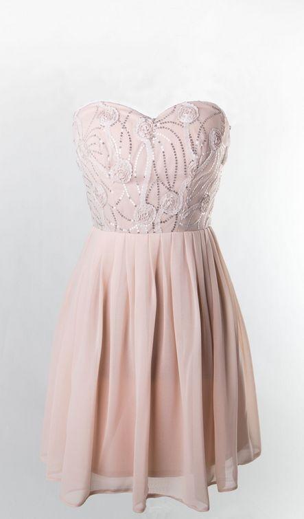 Vestido de fiesta palabra de honor en rosa nude Emma