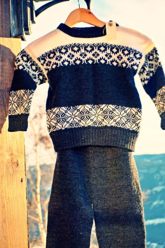 5601e23e Sett genser og ullbukse, str 3 år! | Strikker på bestilling | Men ...