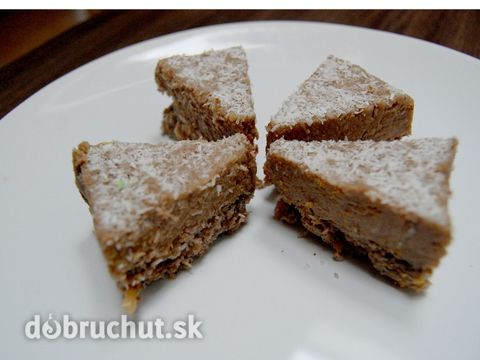 Fotorecept: Kokosovo-orechové raw trojuholníky