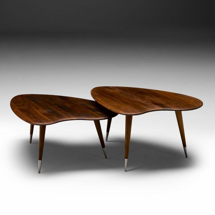 """AK 2560 """"Strawberry"""" soffbord med bordsskiva och ben i massiv oljad valnöt. Fötter i rostfritt stål. Rena linjer och kärlek för detaljer kännetecknar Nissen & Gehls gedigna bord. Vi kan instämma i deras motto """"We take pride in every detail""""."""