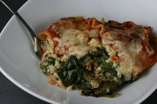 A Year of Slow Cooking: Slow Cooker Pesto Spinach Lasagna Recipe